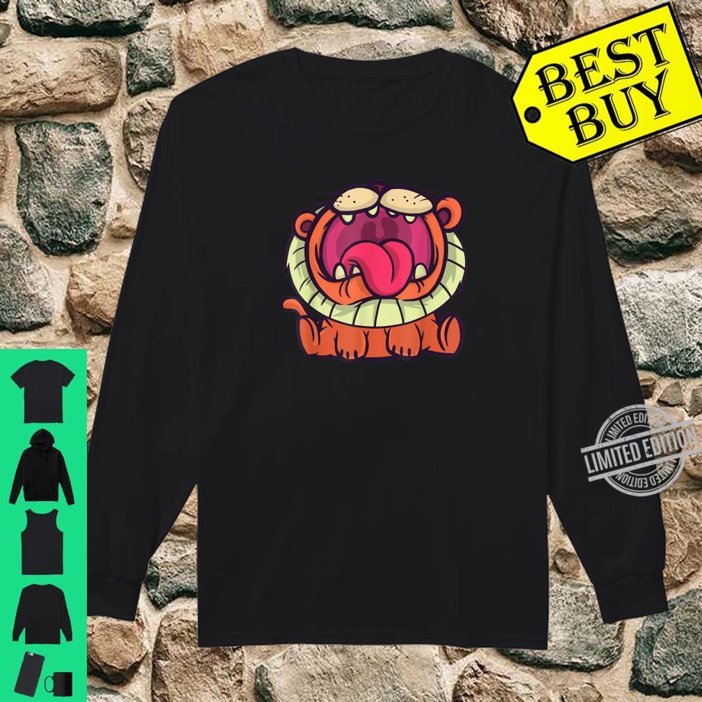 Cute cartoon roaring lion, African safari lion for Shirt long sleeved